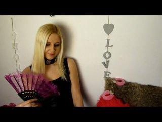 Video 6 von AdinaBlond , Laufzeit: 38 Sek.