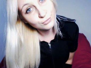 Video 3 von AdinaBlond , Laufzeit: 65 Sek.