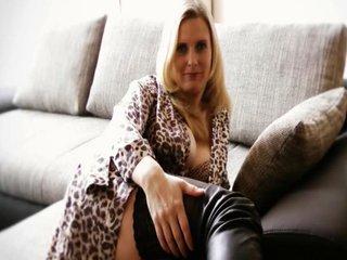 Video 7 von DirtyTina , Laufzeit: 72 Sek.