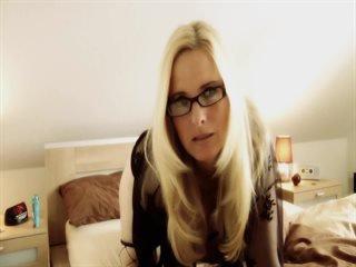 Video 8 von DirtyTina , Laufzeit: 36 Sek.