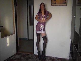 Preview 45: Denisa Ich zeige Dir gerne meinen geilen Körper... Ein bisschen frivol :-)