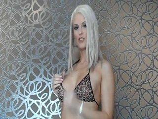 Preview 15: Blanche *Exklusiv* vollbusige blonde Luder :-P Komm in meinen Chat, hier ist es nett...
