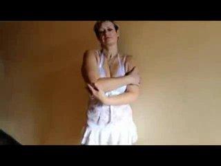 Preview 9: Jenie Sexy, reife Stute will spielen... Heisse Live-Show!