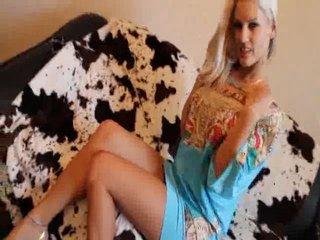 Preview 14: Blanche *Exklusiv* vollbusige blonde Luder :-P Komm in meinen Chat, hier ist es nett...