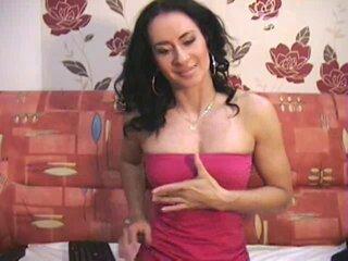 Preview 2: HeisseVicki Hi Schatzi,komm und lass Dich verwöhnen..ich warte auf deine harte Latte Auf meiner Livecam werden Deine Wünsche erfüllt