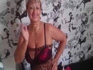 Preview 7: Jenie Sexy, reife Stute will spielen... Heisse Live-Show!