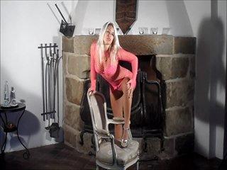 Preview 21: Blanche *Exklusiv* vollbusige blonde Luder :-P Komm in meinen Chat, hier ist es nett...