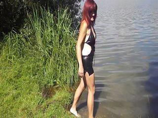 Preview 12: Denisa Ich zeige Dir gerne meinen geilen Körper... Ein bisschen frivol :-)