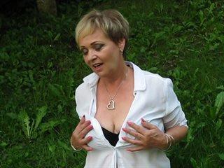 Preview 2: HerrinSonja Ich sage dir was ich von dir will!!! Vorsicht - Heiß!!!